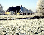 notariswoning in de sneeuw metslawier
