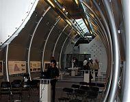expositie over de volle hoogte mogelijk; werkplek op entresol