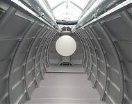 zilvergrijs interieur met kantel-projektiescherm
