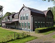 gemeentehuis Schiermonnikoog achterzijde