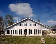 woonhuis beyum, herbouw van een boerenschuur van golfplaat